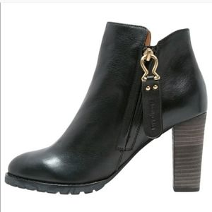 See by Chloe Jemmy Black Booties Gold Zip Size 6